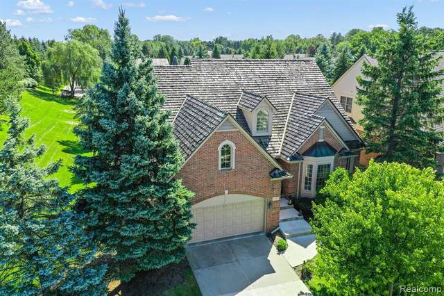 1101 Park Place Court, Bloomfield Twp, MI 48302 (#2200073261) :: Robert E Smith Realty