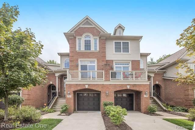 37557 Newburgh Park Circle, Livonia, MI 48152 (#2200073648) :: GK Real Estate Team