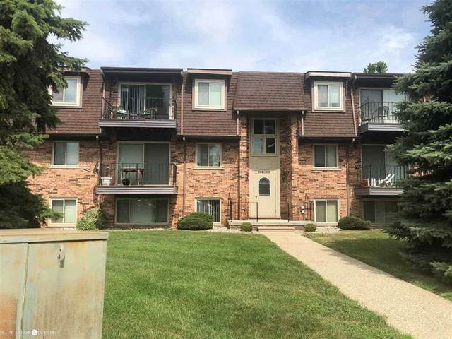 514 Riviera, Saint Clair Shores, MI 48080 (#58050022946) :: Novak & Associates