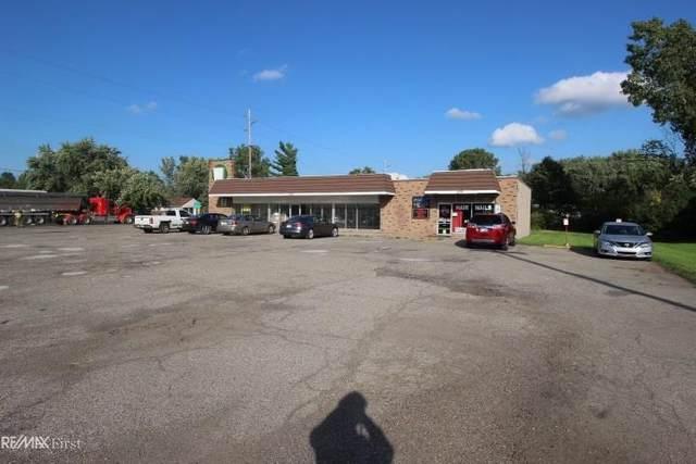 2356 N Center, Burton, MI 48509 (#58050022979) :: Novak & Associates