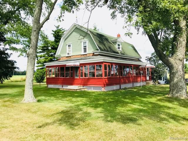 5070 Walker Road, Clyde Twp, MI 48049 (#2200073888) :: BestMichiganHouses.com
