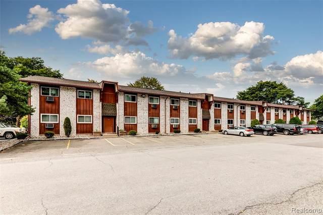 7535 Woodview St #4, Westland, MI 48185 (#2200073892) :: The BK Agency
