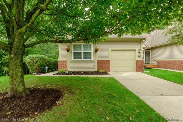 41820 Independence Drive, Novi, MI 48377 (#2200074130) :: GK Real Estate Team