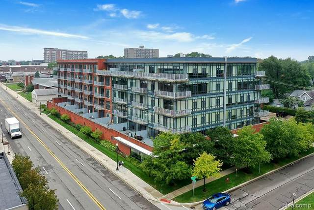 101 Curry Ave Unit 408, Royal Oak, MI 48067 (#2200074141) :: Alan Brown Group