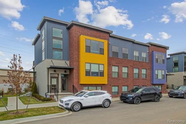 1220 Diamond Ct Unit B, Royal Oak, MI 48067 (#2200074460) :: Duneske Real Estate Advisors