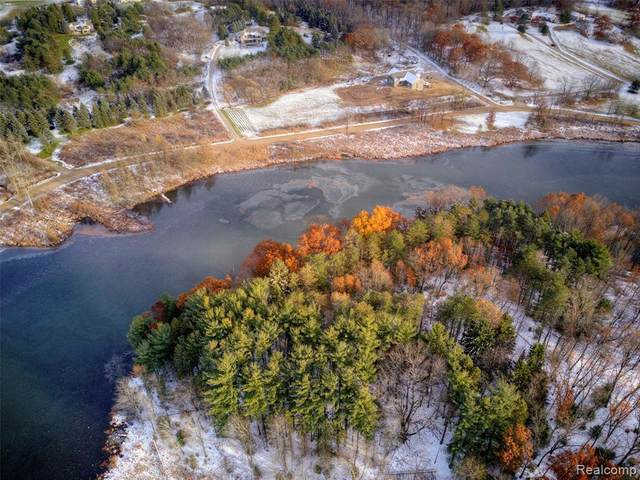 Lot 3 Grist Mill Drive, Hartland Twp, MI 48430 (#2200074665) :: GK Real Estate Team