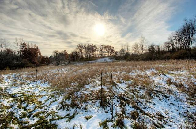 Lot 4 Grist Mill Drive, Hartland Twp, MI 48430 (#2200074694) :: GK Real Estate Team