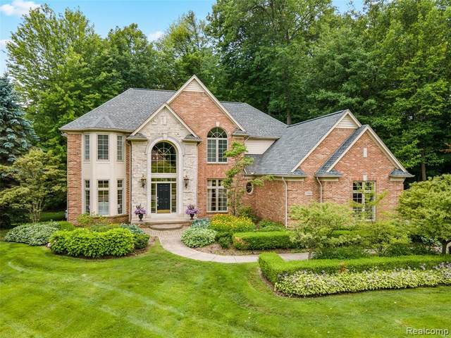 5163 Springdale Court, Independence Twp, MI 48348 (#2200074795) :: BestMichiganHouses.com