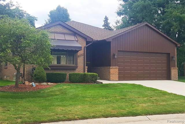 15168 Granada #29, Warren, MI 48088 (#2200075026) :: Duneske Real Estate Advisors