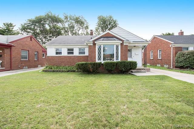 28511 N Clements Circle, Livonia, MI 48150 (#2200075164) :: Novak & Associates