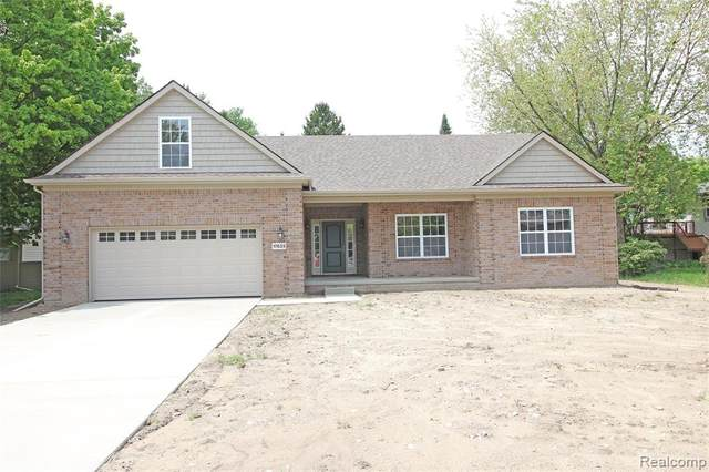 33432 Bostwick Road, Farmington Hills, MI 48334 (#2200075281) :: The Merrie Johnson Team