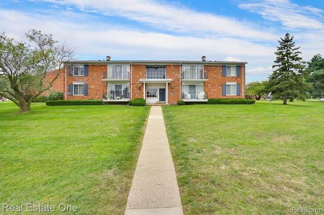 508 N Fox Hills Dr North #5, Bloomfield Twp, MI 48304 (#2200075557) :: GK Real Estate Team