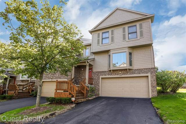 4245 Breckenridge Drive, West Bloomfield Twp, MI 48322 (#2200075810) :: The BK Agency