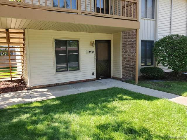 17930 Phyllis Street #29, Roseville, MI 48066 (#2200075890) :: Duneske Real Estate Advisors
