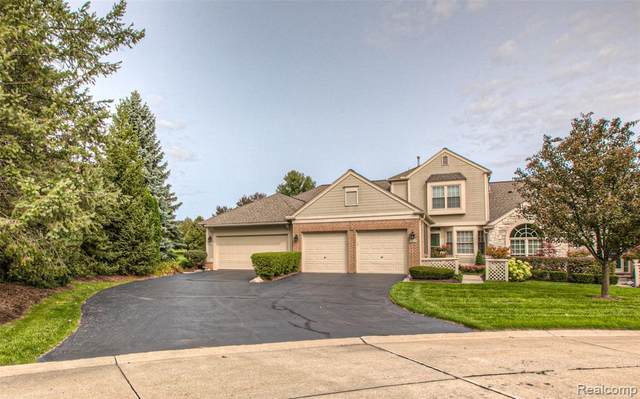 679 Brockmoor Lane, Bloomfield Twp, MI 48304 (#2200076078) :: GK Real Estate Team