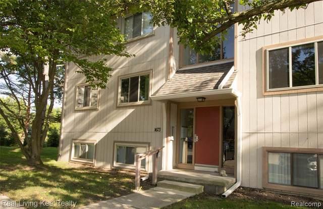 1673 Riverside Dr Apt 6, Rochester Hills, MI 48309 (#2200076206) :: Novak & Associates