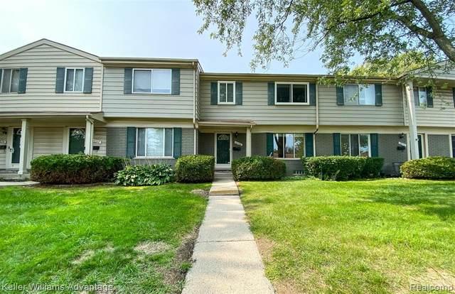 26780 Franklin Pointe Drive, Southfield, MI 48034 (#2200076240) :: Novak & Associates