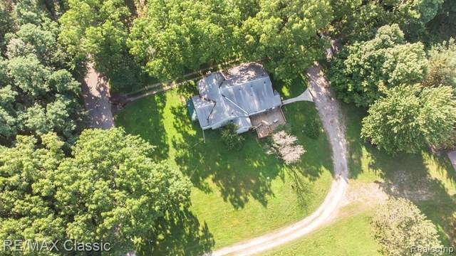 44000 Twelve 1/2 Mile Road, Novi, MI 48377 (#2200076595) :: Duneske Real Estate Advisors