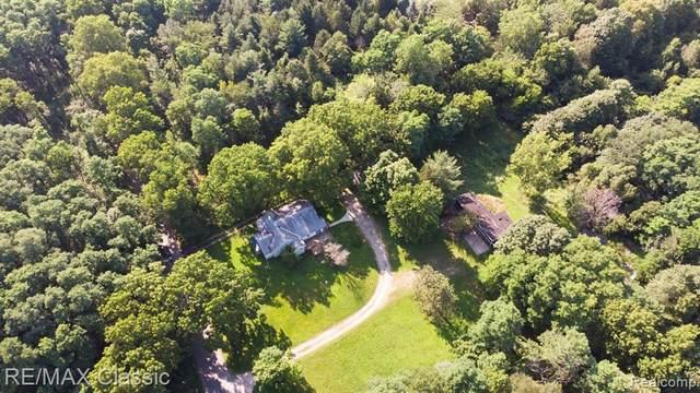 44000 Twelve 1/2 Mile Road, Novi, MI 48377 (#2200076598) :: Duneske Real Estate Advisors