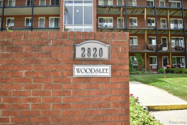 2820 Woodslee Drive #203, Royal Oak, MI 48073 (#2200076658) :: Novak & Associates