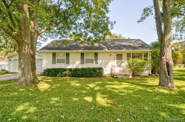 6405 N State Road, Richfield Twp, MI 48423 (#2200076730) :: The Mulvihill Group