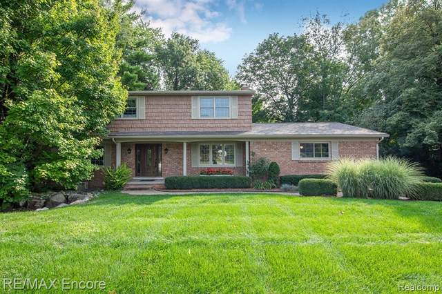 54048 Mound Road, Shelby Twp, MI 48316 (#2200076997) :: The BK Agency