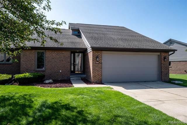 45910 E Meadows Circle, Macomb Twp, MI 48044 (#2200077046) :: Duneske Real Estate Advisors