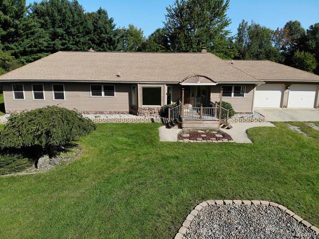 4577 General Squier Road, Dryden Twp, MI 48428 (#2200077197) :: Keller Williams West Bloomfield