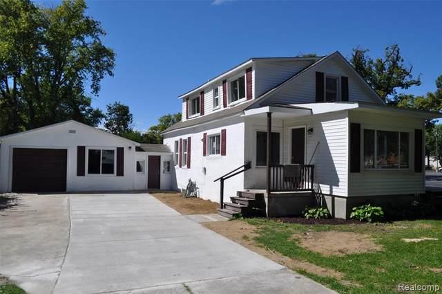 3427 Elk Street, Port Huron, MI 48060 (#2200077231) :: Duneske Real Estate Advisors