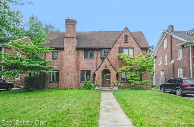 2225 Burns Street, Detroit, MI 48214 (#2200078509) :: GK Real Estate Team