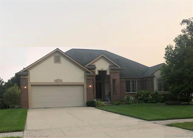 42000 Rhinestone Lane, Sterling Heights, MI 48314 (#2200078594) :: GK Real Estate Team