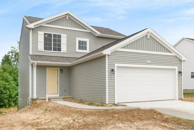 5149 Sandalwood Circle, Grand Blanc Twp, MI 48439 (#2200078705) :: Novak & Associates