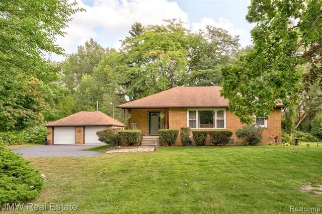 2123 S Reese Road, Reese Vlg, MI 48757 (MLS #2200078744) :: The John Wentworth Group