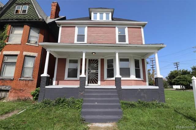 445 Smith Street, Detroit, MI 48202 (#2200078936) :: RE/MAX Nexus