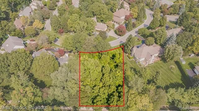 0000 Meadowood Lane, Bloomfield Twp, MI 48302 (#2200079067) :: GK Real Estate Team