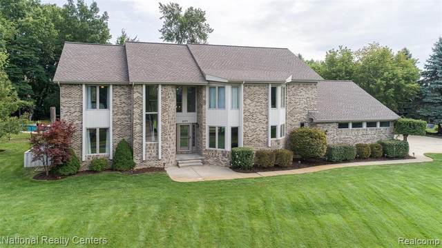 3171 Hideaway Beach Drive, Brighton Twp, MI 48114 (MLS #2200079102) :: The John Wentworth Group