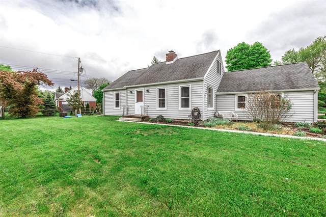 1140 Hitching Post Road, East Lansing, MI 48823 (#630000250045) :: The Mulvihill Group