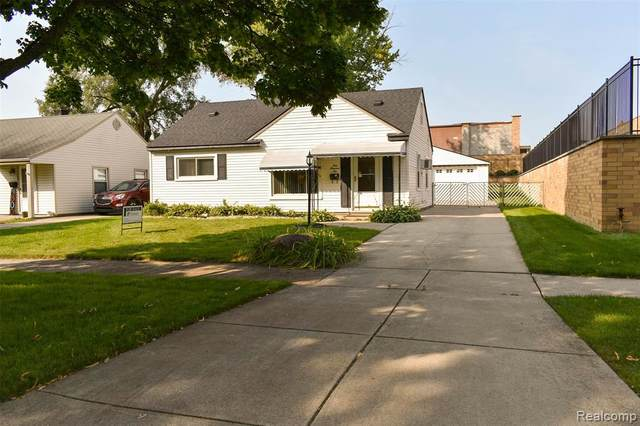 110 S Manitou Avenue, Clawson, MI 48017 (#2200079225) :: RE/MAX Nexus