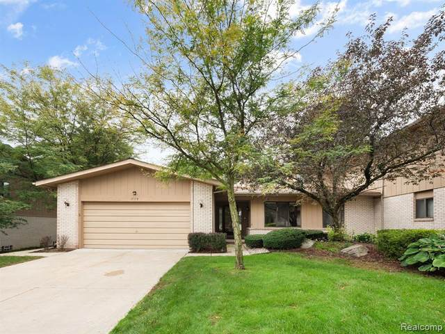 1728 Saint Johns Court, Bloomfield Twp, MI 48302 (#2200079270) :: RE/MAX Nexus