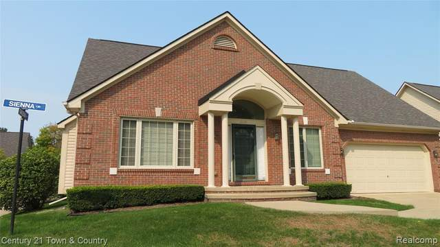 16441 Sienna Circle, Clinton Twp, MI 48038 (#2200079694) :: The Mulvihill Group