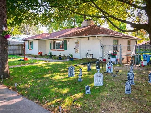 5021 N Grand River Avenue, Lansing, MI 48906 (#630000250114) :: Robert E Smith Realty