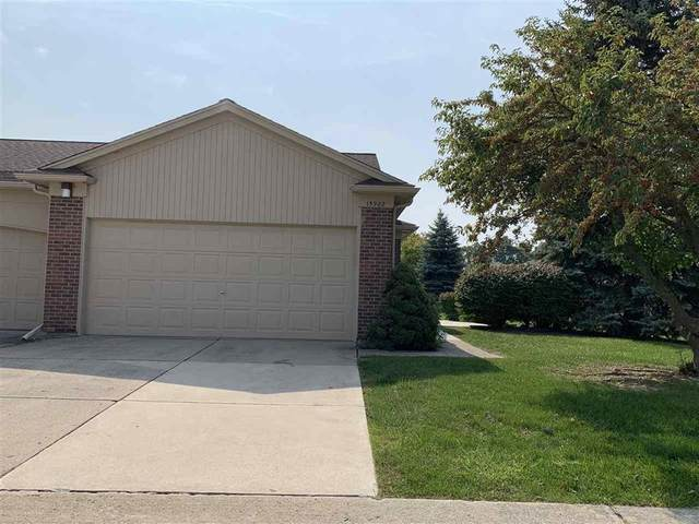 15902 New Bedford, Clinton Twp, MI 48038 (#58050024784) :: The BK Agency