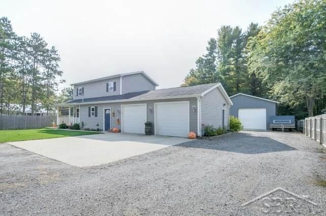 11031 Pine Grove, Swan Creek Twp, MI 48609 (#61050024868) :: Novak & Associates