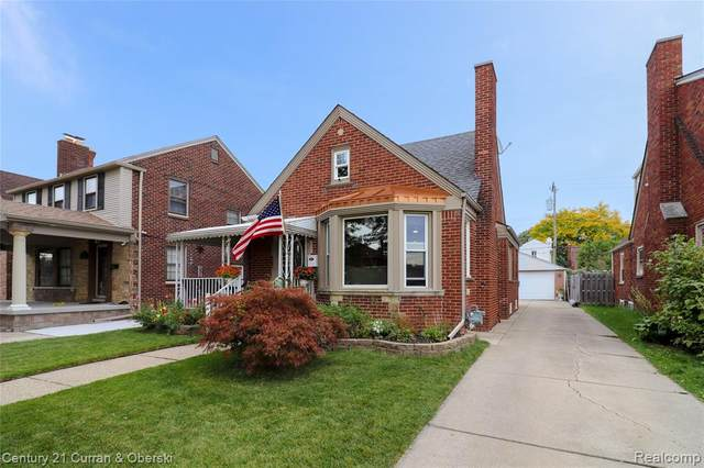 7730 W Morrow Circle, Dearborn, MI 48126 (#2200080416) :: Alan Brown Group