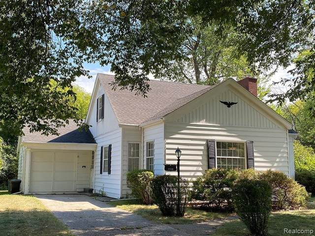 1728 Avalon Avenue, Saginaw Twp, MI 48638 (#2200080502) :: Alan Brown Group
