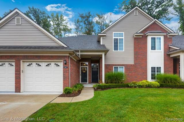 3647 Eagle Creek Drive, Shelby Twp, MI 48317 (MLS #2200080599) :: The John Wentworth Group