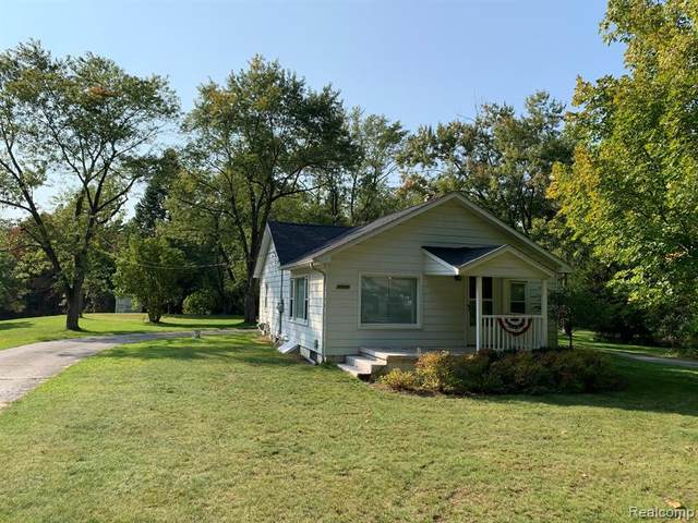 7785 Allen Road, Independence Twp, MI 48348 (#2200080756) :: RE/MAX Nexus