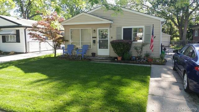18628 Wakenden, Redford Twp, MI 48240 (#2200081724) :: Robert E Smith Realty