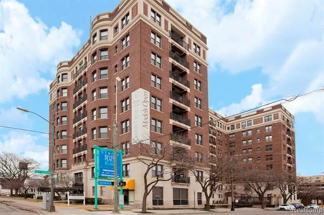2900 E Jefferson Avenue A602, Detroit, MI 48207 (MLS #2200081911) :: The John Wentworth Group