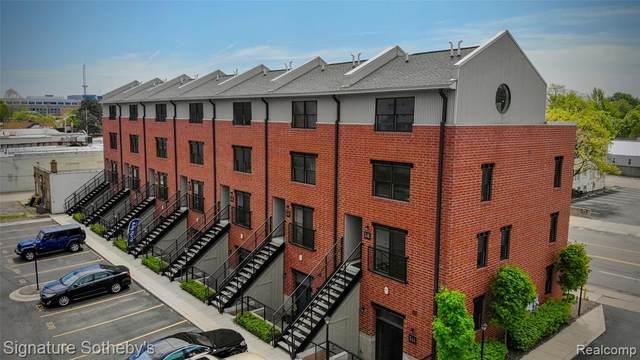 646 W Eleven Mile Road, Royal Oak, MI 48067 (#2200081929) :: The Alex Nugent Team | Real Estate One